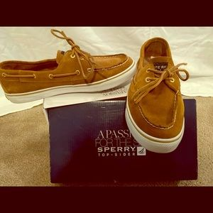 Top sider shoes by Sperry with suede.